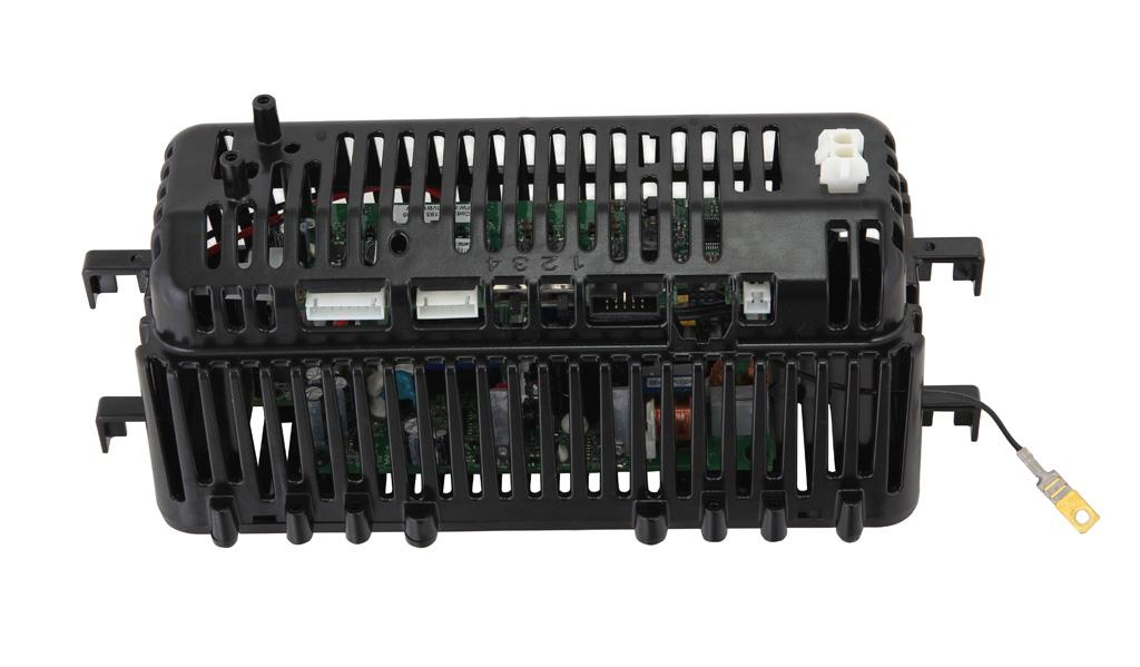 Электронный модуль, извлеченный из светильника Iguzzini Archilede. Можно заметить двухъярусное расположение печатных плат. Внизу располагается печатная плата блока питания, наверху – печатная плата контроллера и драйверов светодиодов