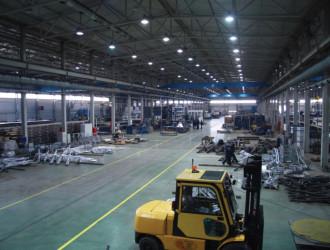 Завод Opora Engineering, Тула, цех по производству опор освещения. Использованы светильники GALAD ГСП51-400-011