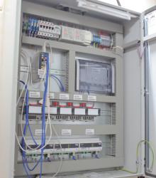 Шкаф централизованного управления и контроля работоспособности системы освещения здания