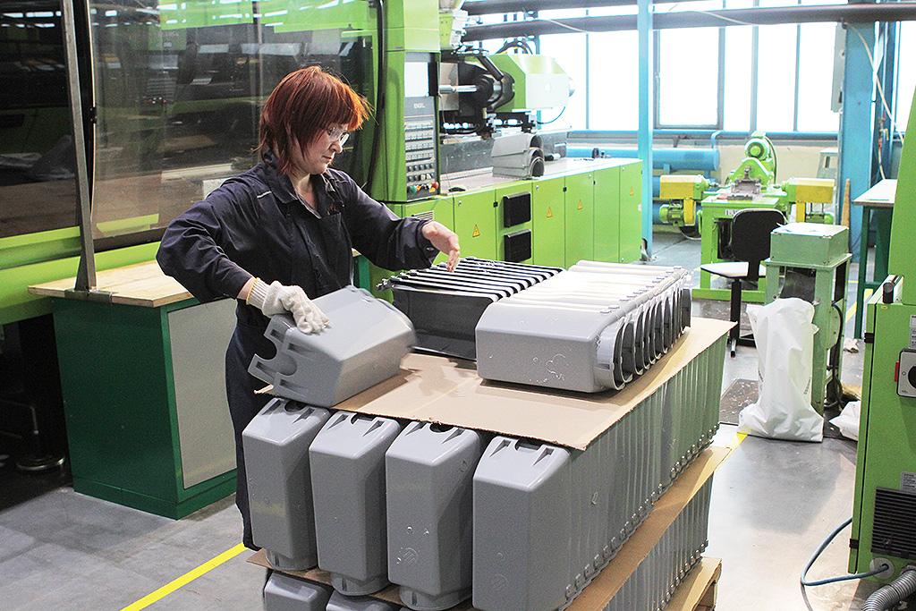 Проверка качества отливки пластиковых деталей