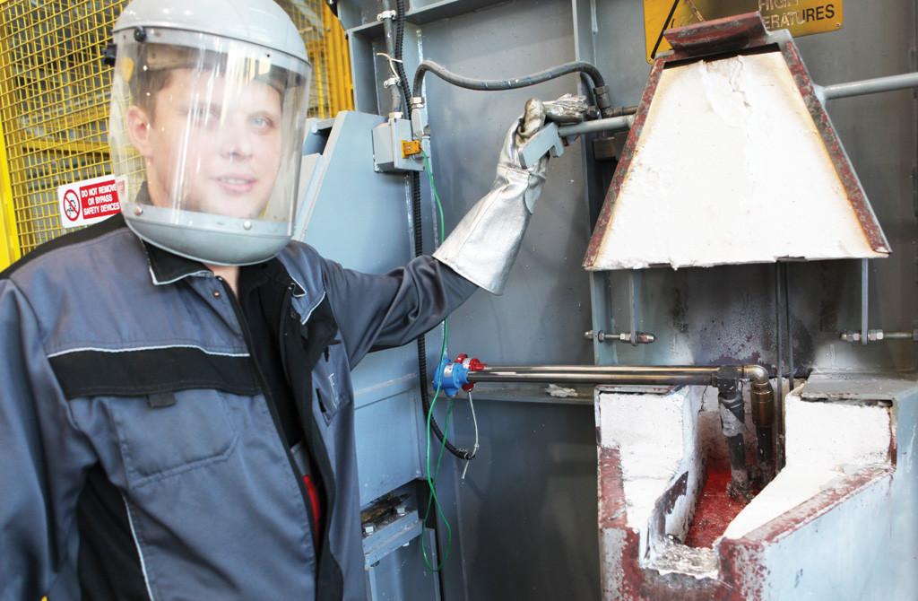 Начальник цеха алюминиевого литья — Иванов Алексей
