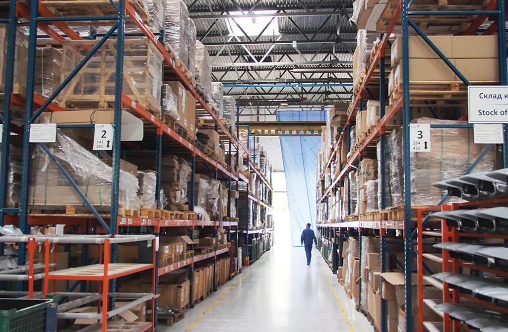 Весь учет на складе завода Schreder автоматизирован в 1С
