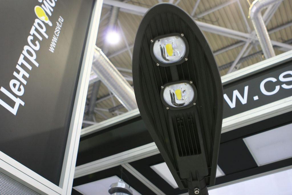 Светодиодный уличный светильник на COB