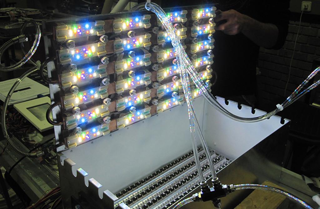 Прототип светильника Coelux на этапе разработки