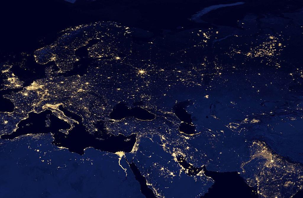 Неиллюзорное доказательство причастности лампы ДНаТ с освещению всего и вся