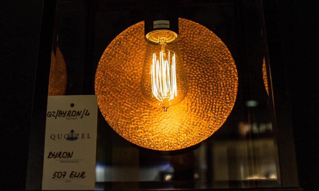 Превращайте лампы накаливания в арт-объекты и продавайте их правильно