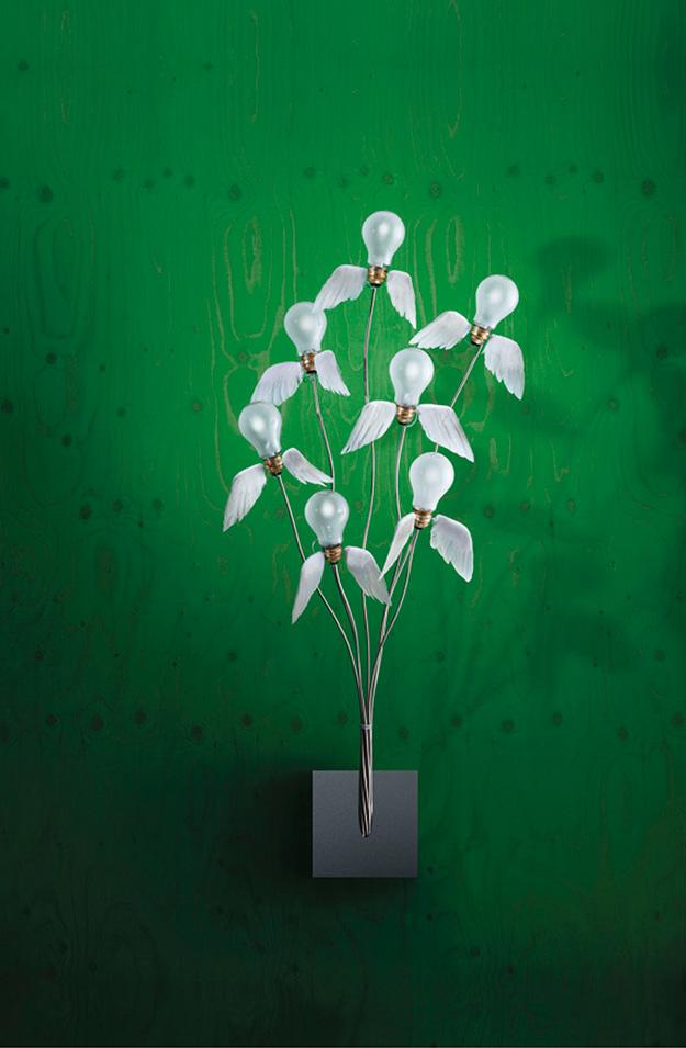 Одна из вариаций на тему лампы с крыльями — Seven off the Wall. ©Ingo Maurer GmbH