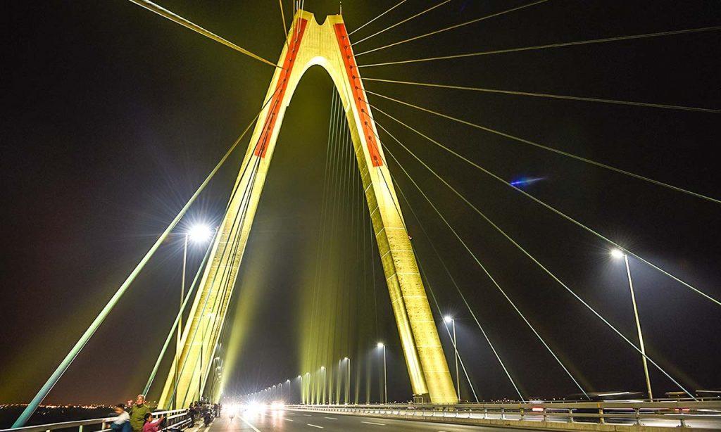 16 миллионов цветов Philips зажглись на горизонте Ханоя