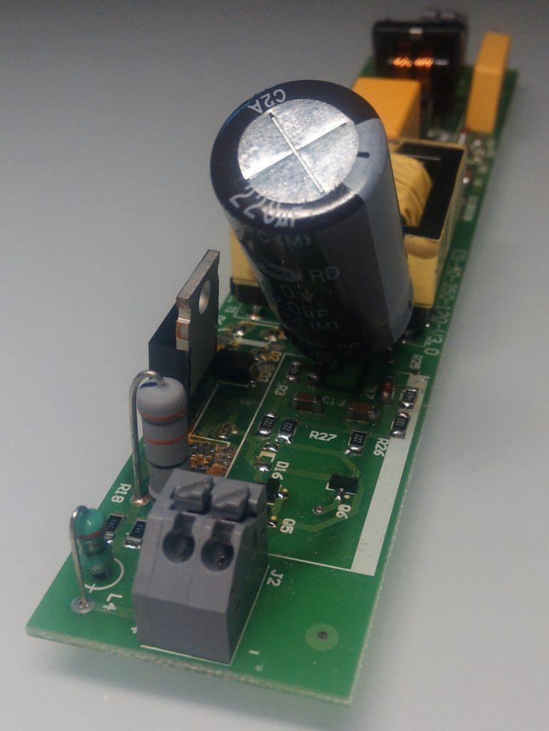 Рисунок 16. Фильтра в составе серийного драйвера 40 Вт, 350 мА. Накопительный конденсатор смещён.
