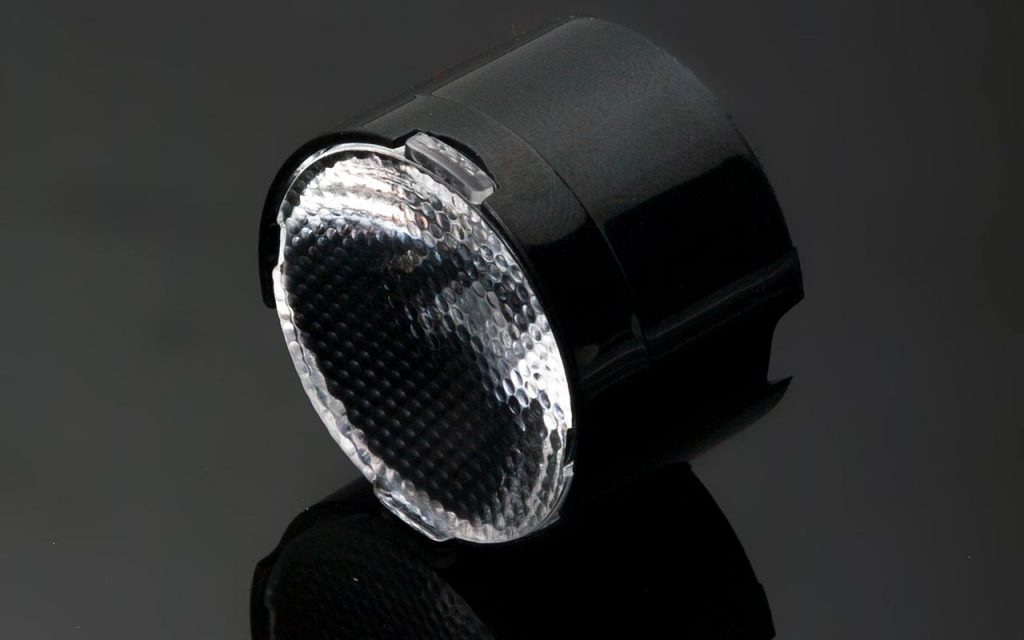 Новая узкая оптика LXP2-SS-WAS от Ledil для архитектурных грунтовых светильников