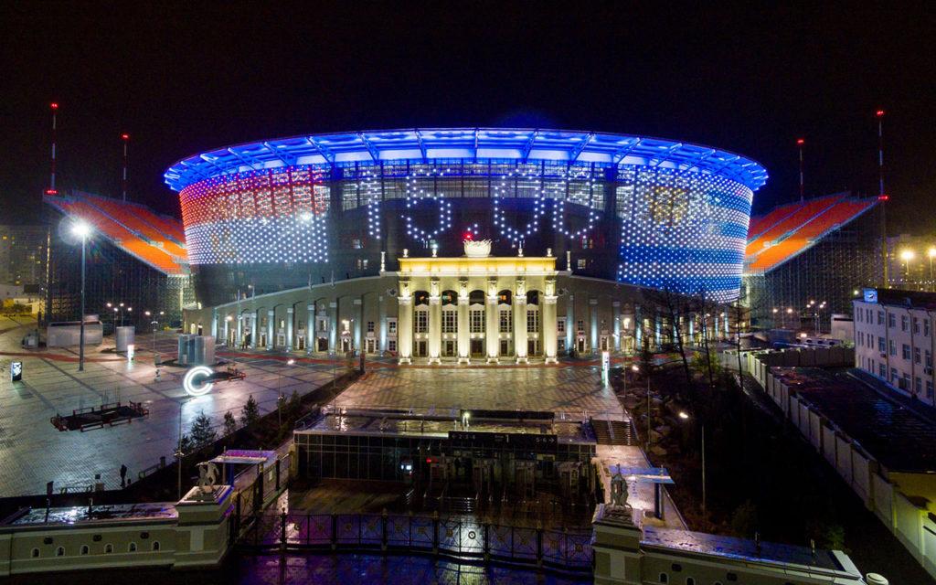 Российские ведущие стадионы в свете прожекторов Philips