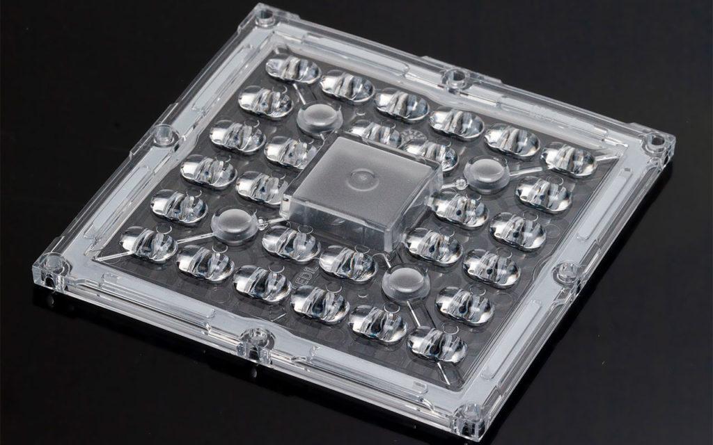Новая Stradella-IP-28 от LEDIL с асимметричной уличной КСС