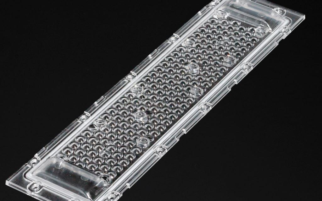 Новая линза DAHLIA-TL110 от LEDIL для создания фитосветильников