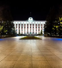 Энергоэффективные уличные светильники Philips украсили центральную площадь Барнаула