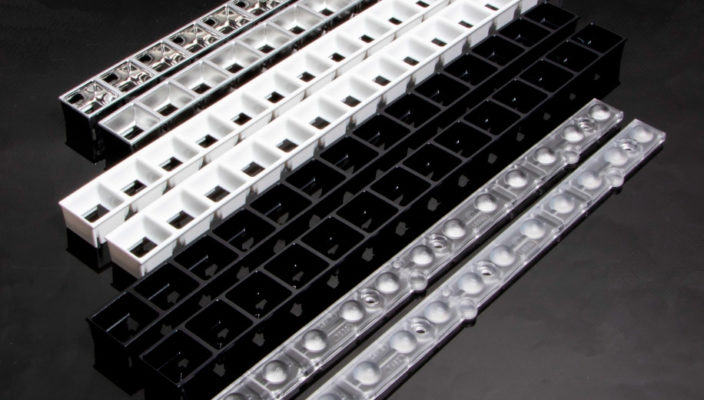 Новые групповые линза DAISY-MINI (W-D и W) от LEDIL для светильников с низким слепящим действием