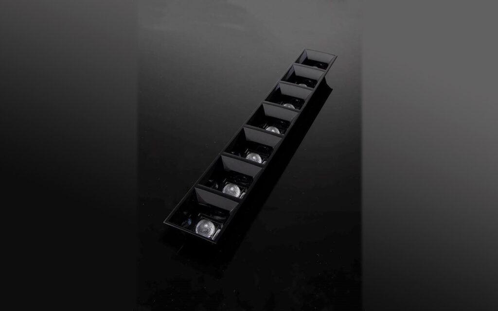 DAISY-7X1-W-D — новые линзы от LEDIL для офисных и интерьерных светильников