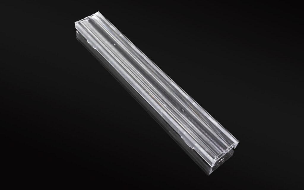 LINNEA-GC2-WG — новая экструдированная линза от Ledil для заливки светом стен и потолков